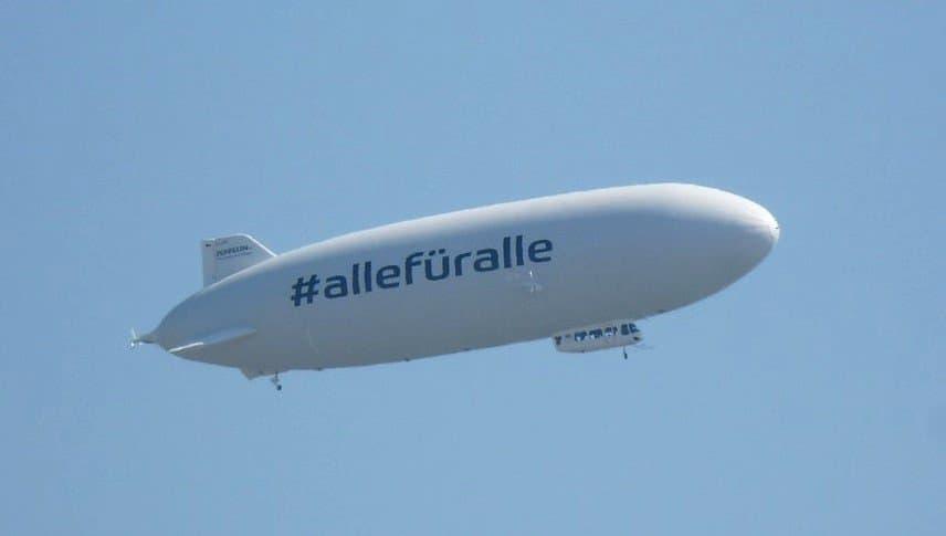 Zeppelin über uns